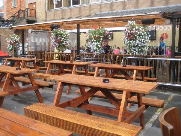 10 of the best beer gardens in dublin publin for Living room dublin