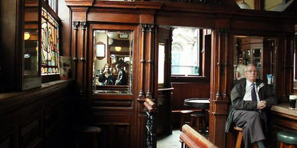 How many of the 16 remaining Victorian era pubs of Dublin can you name?
