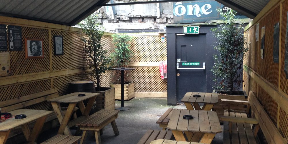 18 covered and warm beer gardens and smoking areas