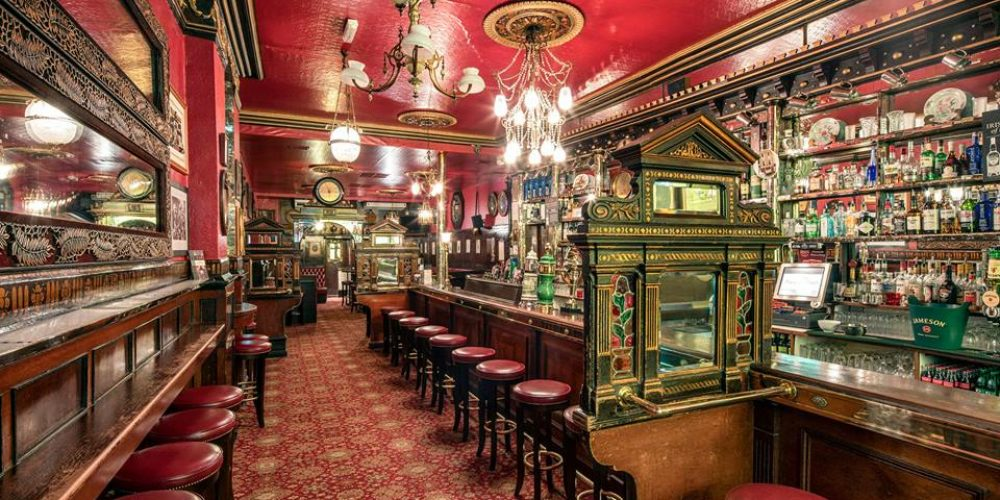 5 Pubs to drop into for a post Christmas shopping drink.
